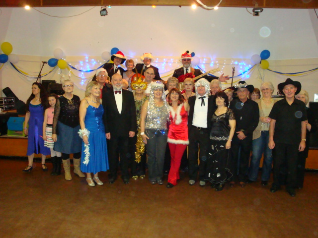 Muddy Boots with more Dixie Belles - Xmas 2011